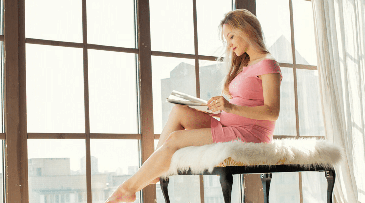 Mindful Journaling: 30 Prompts for Your Pregnancy Journal